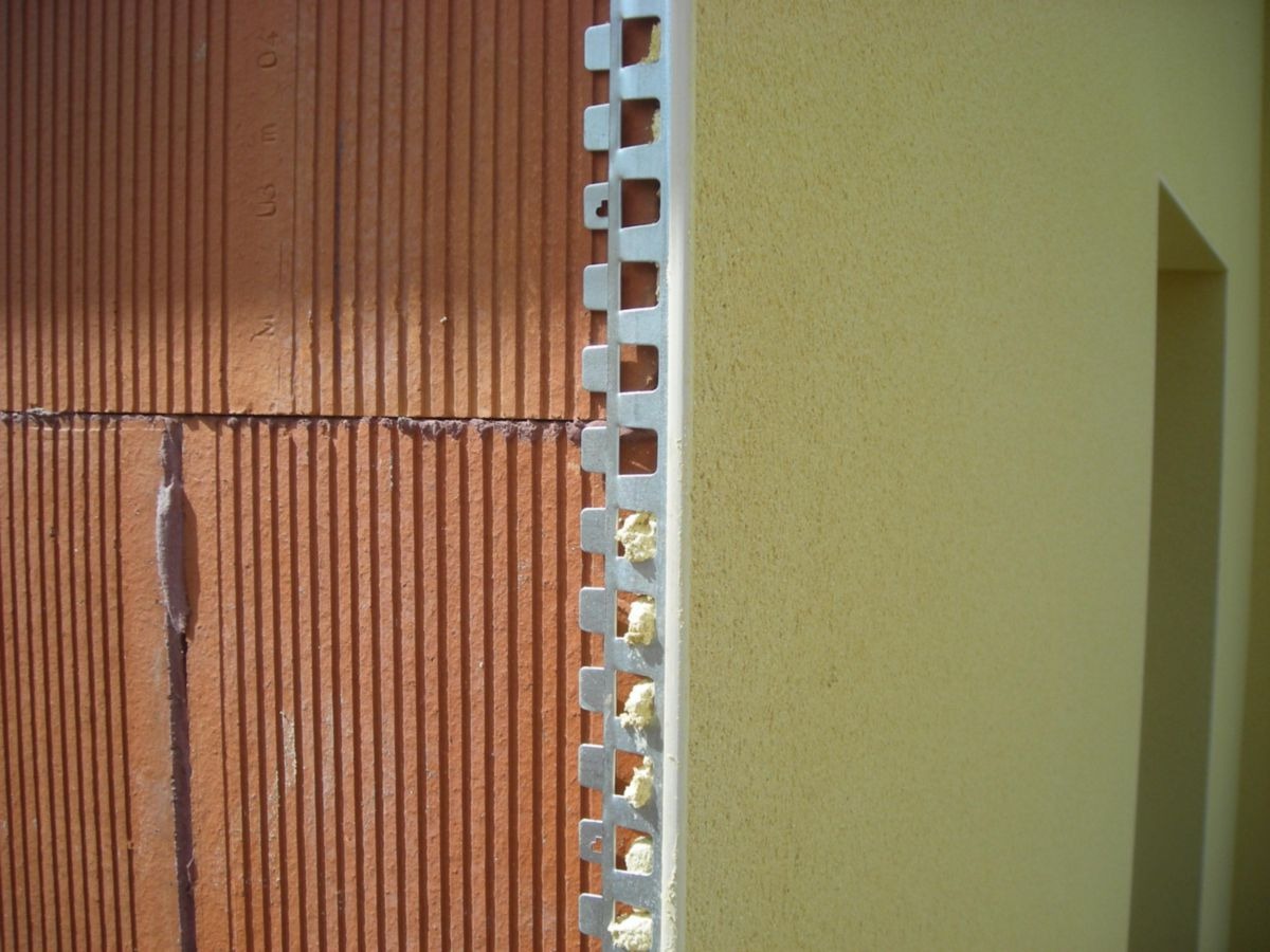 Enduit Blanc Mur Exterieur cornière d'angle pour enduit extérieur - l. 3 m blanc ép. plâtre 10 mm